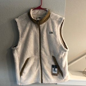 North Face Campshire Vest NWT Size XL